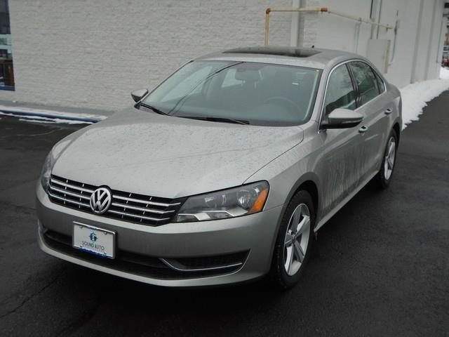 2012 Volkswagen Passat TDI SE photo