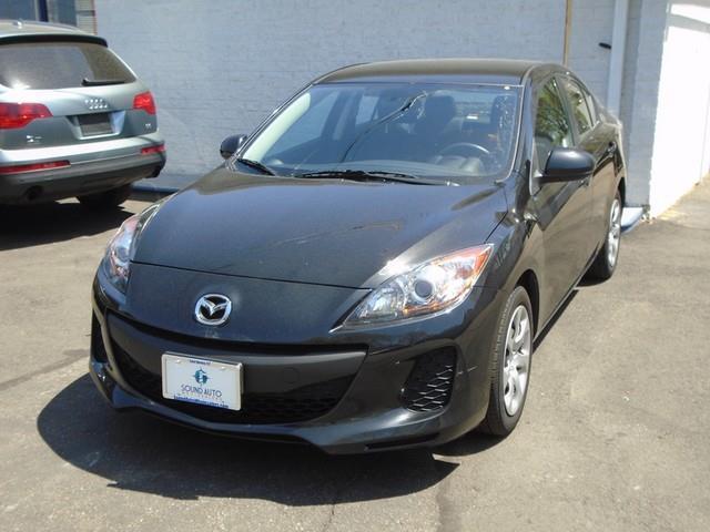2012 Mazda Mazda3 i Sport photo