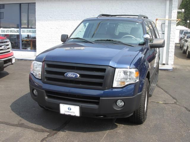 2011 Ford Expedition XL photo