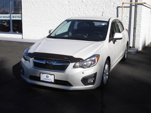2012 Subaru Impreza 2.0i Premium photo
