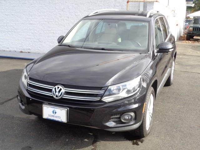 2013 Volkswagen Tiguan S 4Motion photo