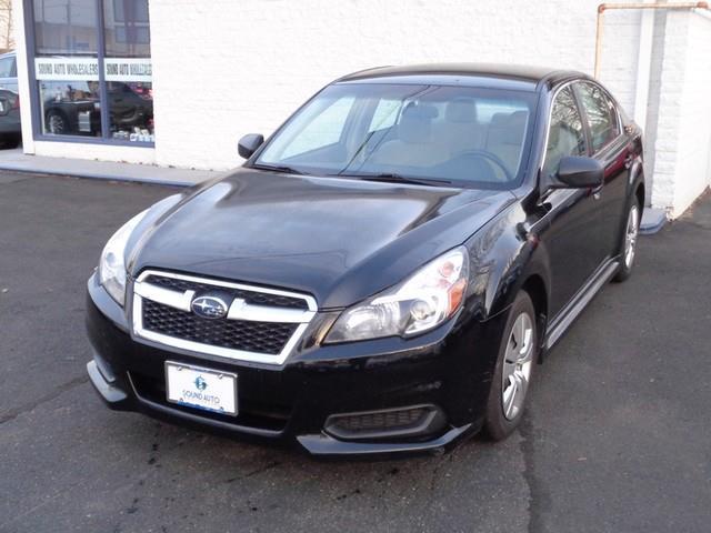 2013 Subaru Legacy 2.5i photo