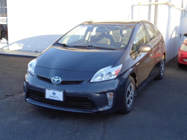2013 Toyota Prius One photo