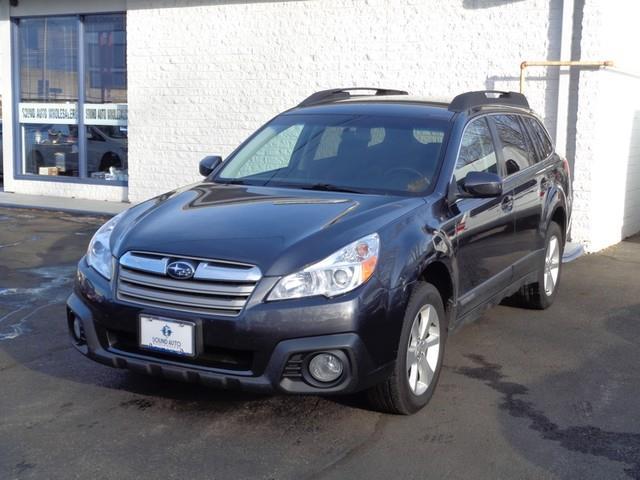 2013 Subaru Outback 2.5i Premium photo
