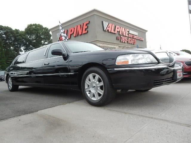 Used Lincoln Town Car 4dr Sdn Executive L w/Livery P 2011 | Alpine Motors Inc. Wantagh, New York