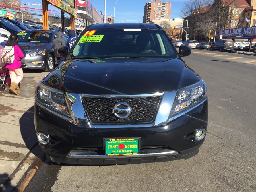 Used 2014 Nissan Pathfinder in Jamaica, New York | Sylhet Motors Inc.. Jamaica, New York