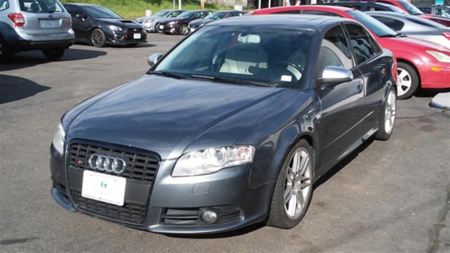 2008 Audi S4 quattro photo