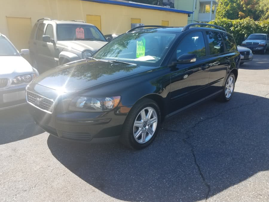 Used Volvo V50 2.4L Auto w/Sunroof 2006   Classic Motor Cars. East Hartford , Connecticut