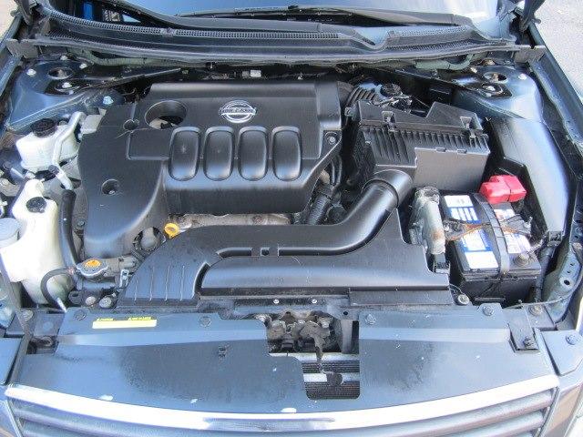 Used Nissan Altima 2.5S 2008 | Cos Central Auto. Meriden, Connecticut