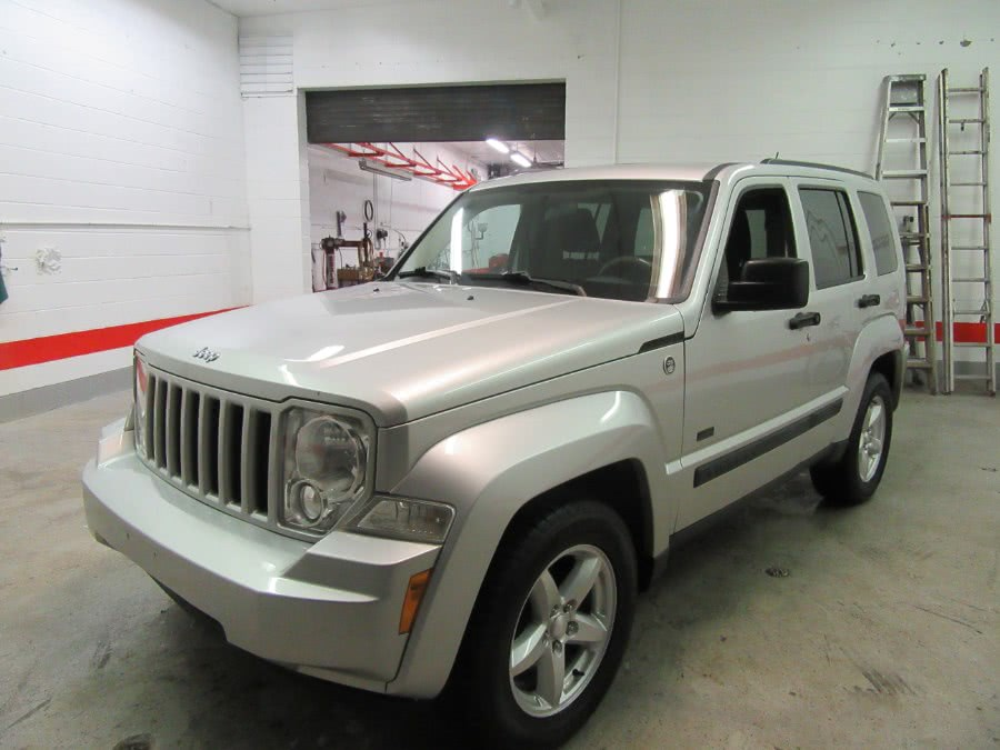 Used 2009 Jeep Liberty in Little Ferry, New Jersey | Victoria Preowned Autos Inc. Little Ferry, New Jersey