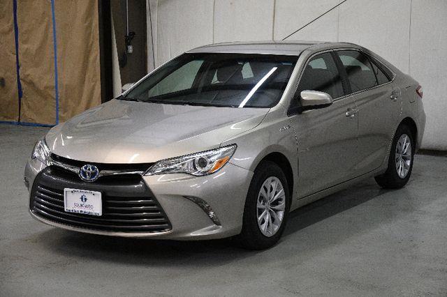 2015 Toyota Camry Hybrid LE photo
