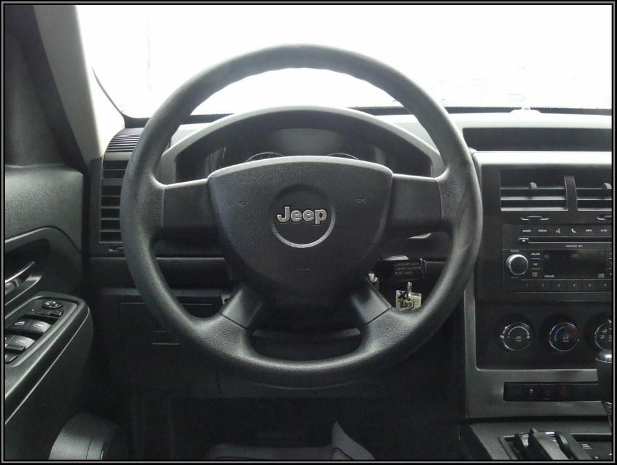 Used Jeep Liberty 4WD 4dr Sport 2010   My Auto Inc.. Huntington Station, New York