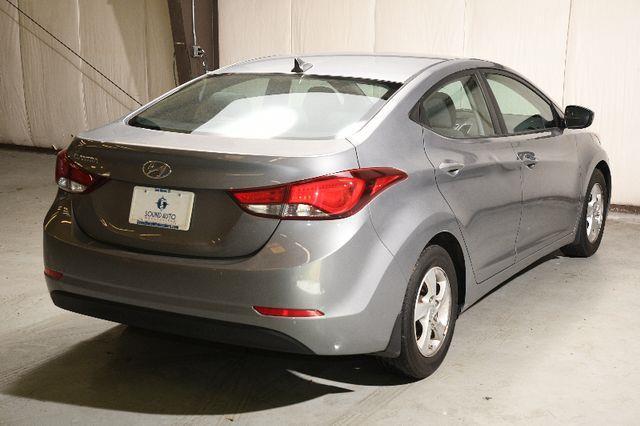 2015 Hyundai Elantra SE photo