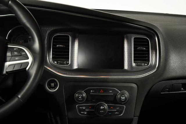 2016 Dodge Charger SXT photo