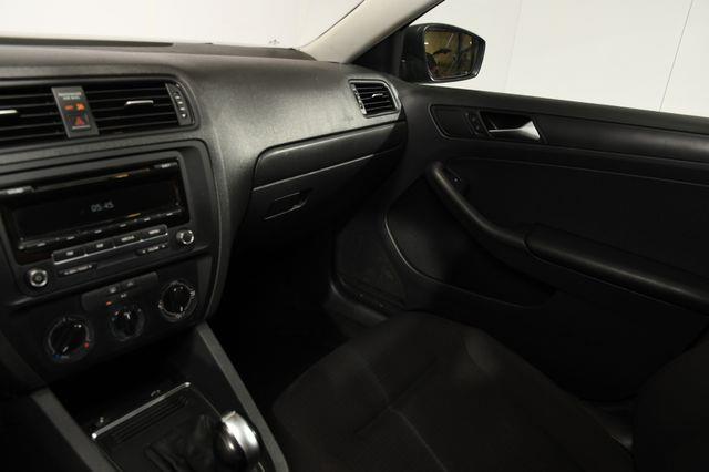 2015 Volkswagen Jetta 2.0L S photo