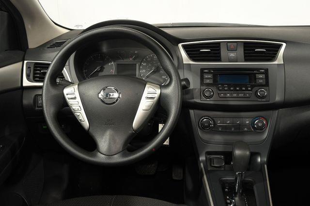 2016 Nissan Sentra S photo