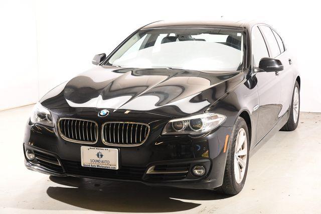 2015 BMW 5-Series 528i Xdrive SEDAN photo