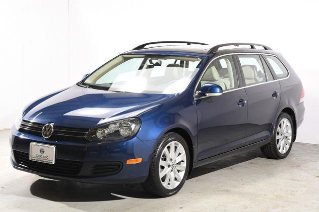 The 2014 Volkswagen Jetta SportWagen TDI photos
