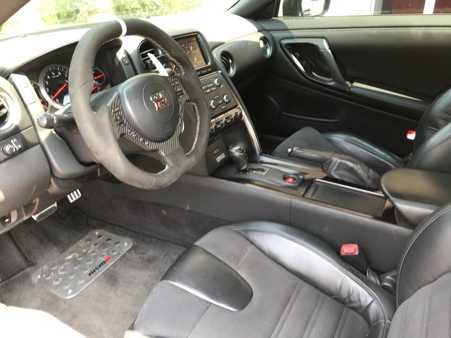 Used Nissan GT-R Premium 2013 | Evolving Motorsports. Bayshore, New York