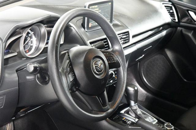 2015 Mazda Mazda3 i Touring photo