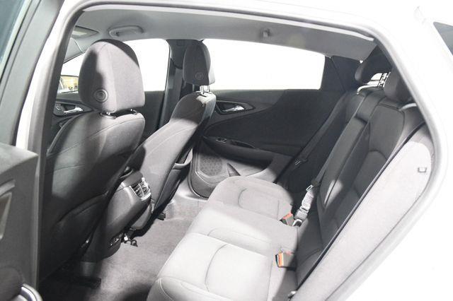 2018 Chevrolet Malibu LT photo