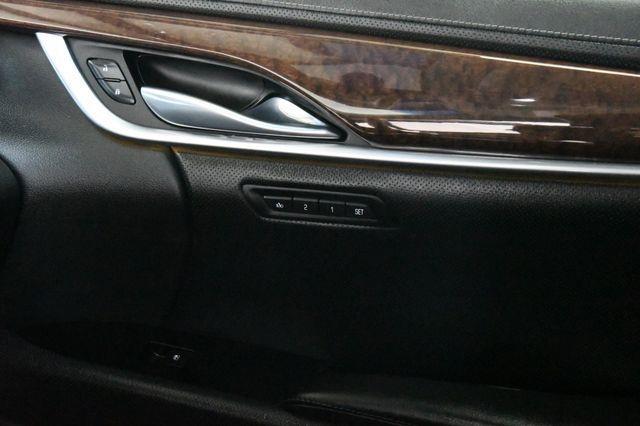 2015 Cadillac XTS Luxury photo