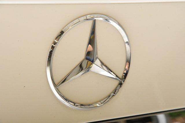 2015 Mercedes-Benz C 250 Sport photo