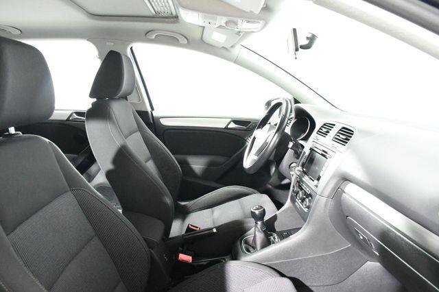 2011 Volkswagen Golf TDI photo