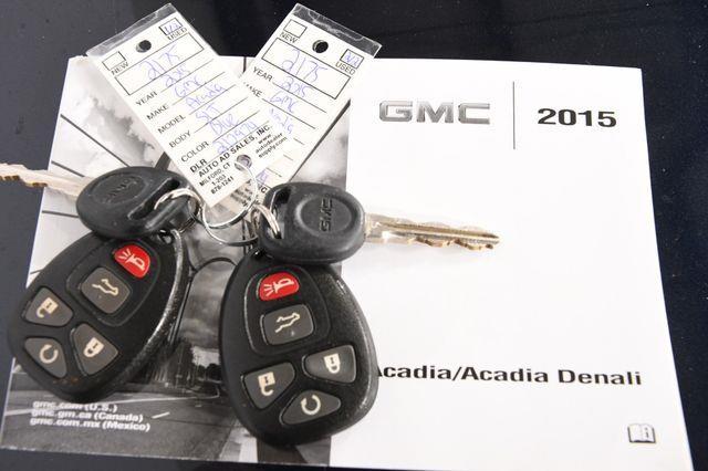 2015 GMC Acadia SLT photo