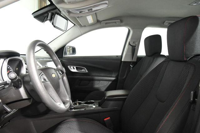 2015 Chevrolet Equinox LS photo