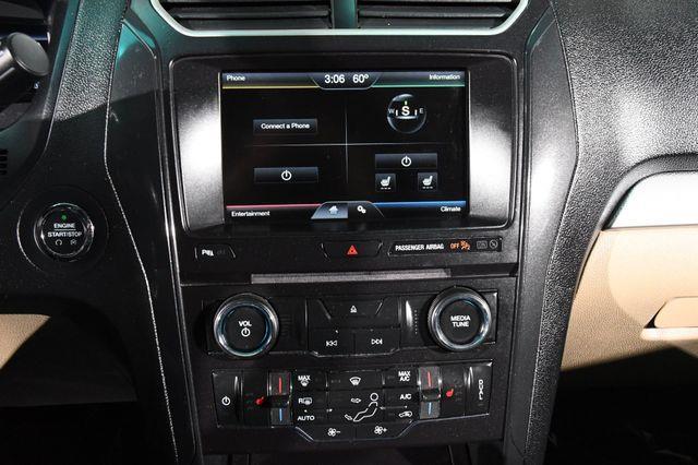 2016 Ford Explorer XLT photo