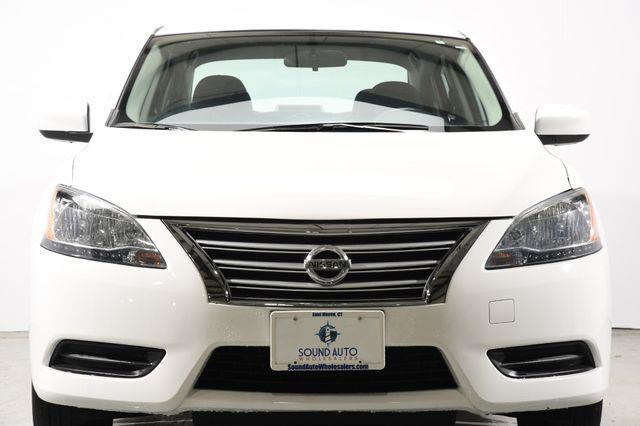 2015 Nissan Sentra S photo