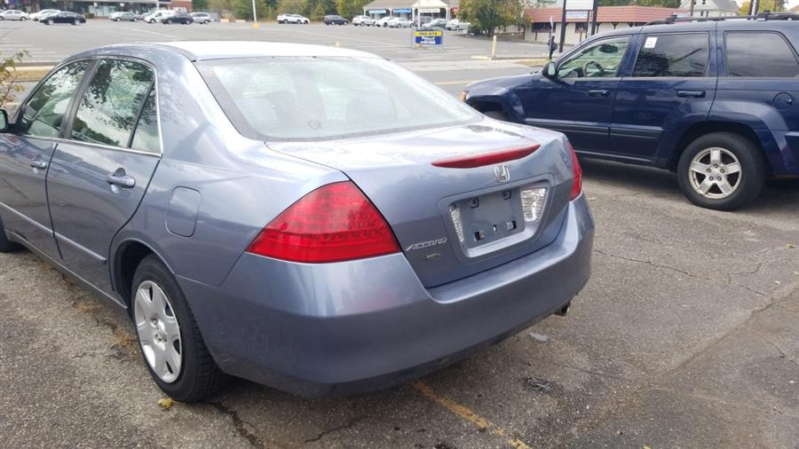 Used Honda Accord Sdn 4dr I4 AT LX 2007 | Class Auto Sales. Indian Orchard, Massachusetts