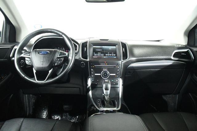 2015 Ford Edge Titanium photo
