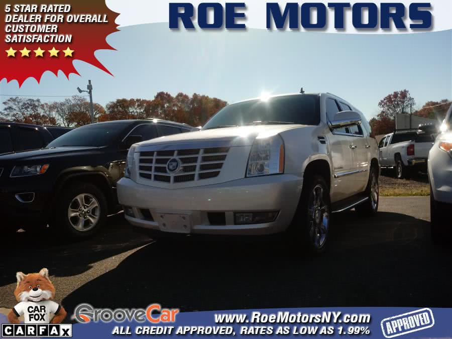 Used 2007 Cadillac Escalade in Shirley, New York | Roe Motors Ltd. Shirley, New York