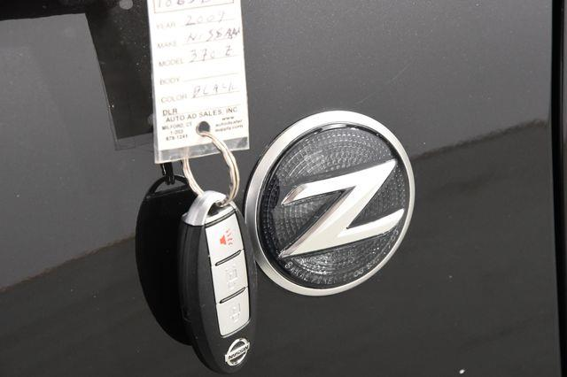 2009 Nissan 370Z Touring photo