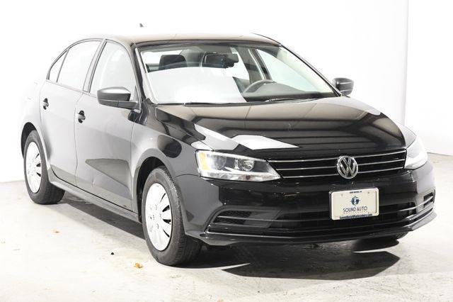 2015 Volkswagen Jetta 2.0L S w/Technology photo