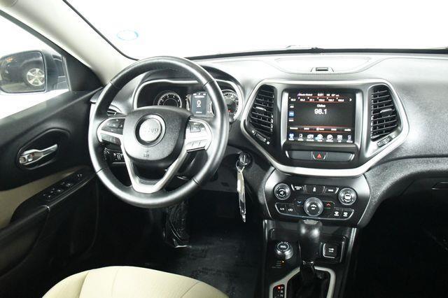 2015 Jeep Cherokee Latitude photo
