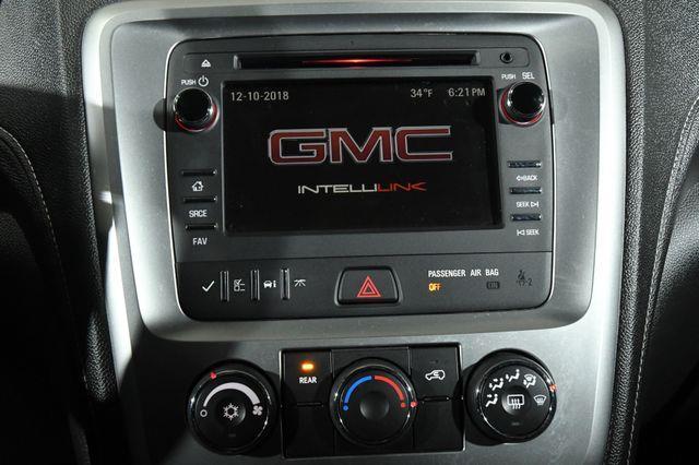 2015 GMC Acadia SLE 2 photo