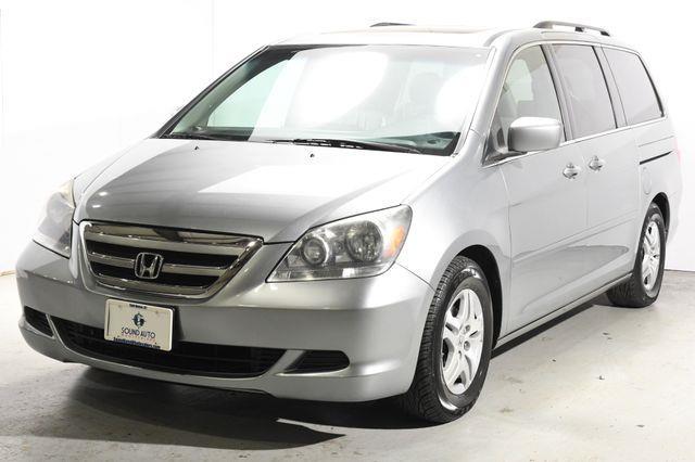 The 2007 Honda Odyssey EX-L photos