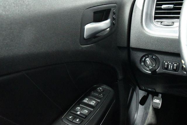 2015 Dodge Charger SXT photo