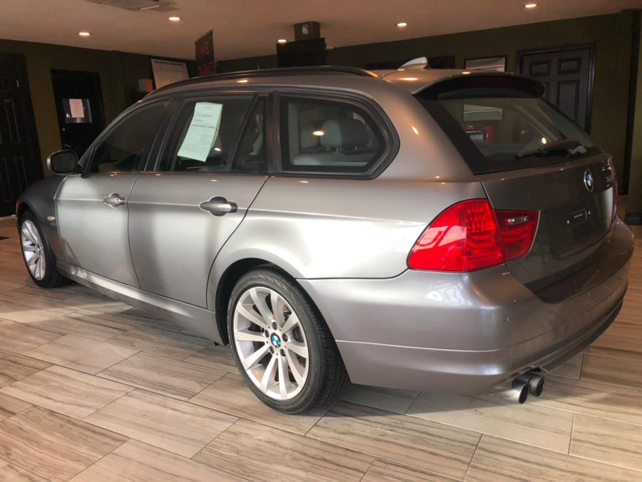 Used BMW 3 Series 4dr Sports Wgn 328i xDrive AWD 2011 | AutoMax. West Hartford, Connecticut