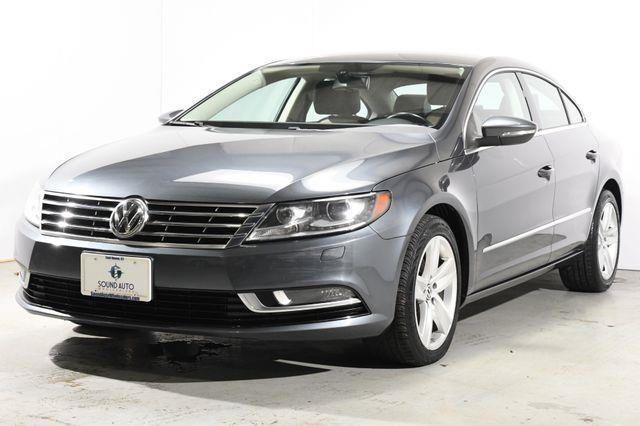 The 2013 Volkswagen CC Sport photos