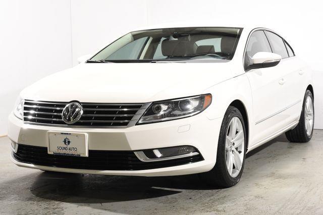 The 2014 Volkswagen CC Sport PZEV photos