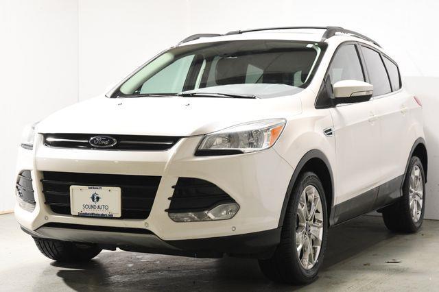 The 2013 Ford Escape SEL photos