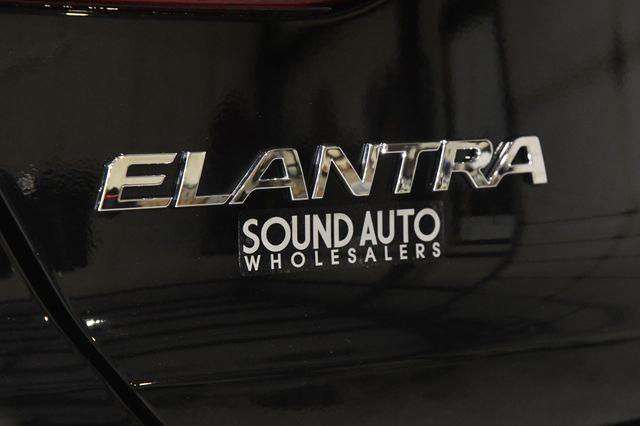 2017 Hyundai Elantra Limited Ultimate Package photo