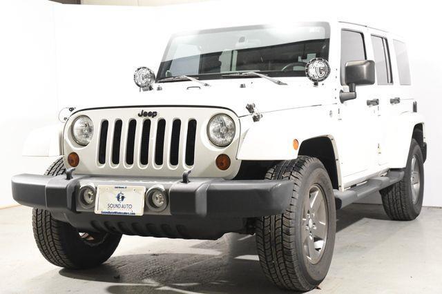 The 2012 Jeep Wrangler Unlimited Sahara photos