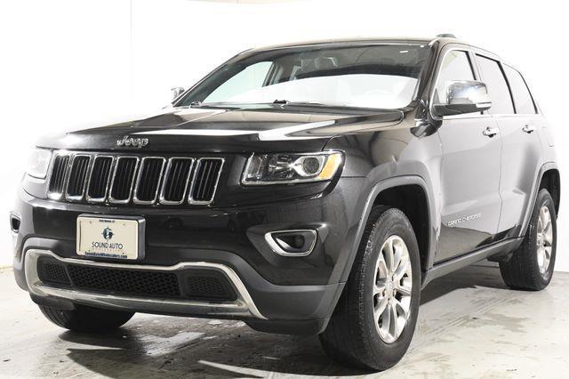 The 2015 Jeep Grand Cherokee Limited Nav & Sunroof photos