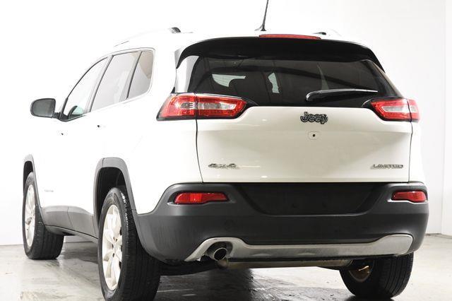 2015 Jeep Cherokee Limited Nav & Sunroof photo