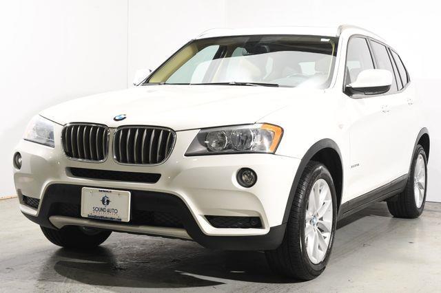 The 2013 BMW X3 xDrive28i photos